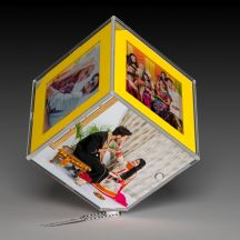 Personalized Rotating Cube With LED